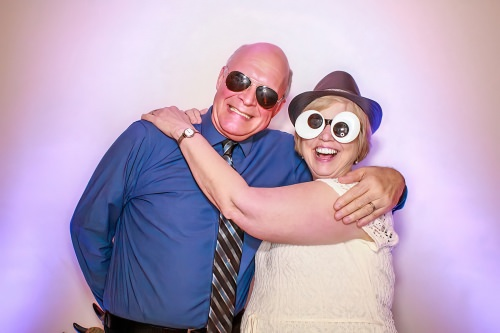 Lancaster photo booth rental company offers affordable photo booths for weddings.