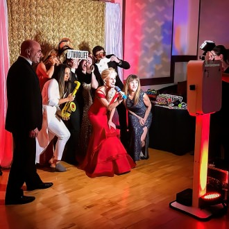 open air photo booth for your wedding, prom, party, or mitzvah